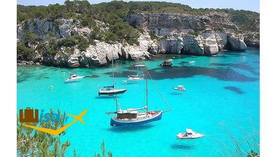 جزیره منورکا یکی ازمقصدهای گردشگران در اسپانیا