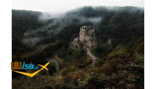 قلعه التز در عمق جنگل های آلمان