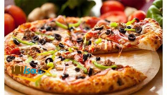 پیتزا یک غذای ایتالیایی