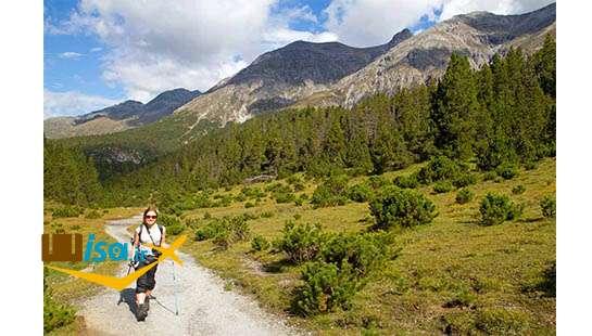 مسیر پیاده روی پارک ملی سوئیس